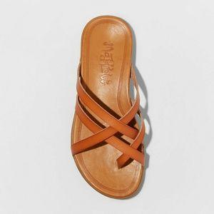 NWOT Mad Love Adama Multi-Strap Thong Sandals 7